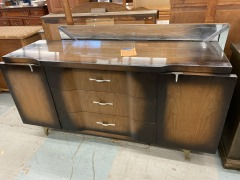 Art Deco Dresser w\/ Mirror