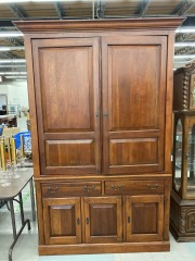 Large Oak Entertainment Center w\/Storage
