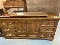 9 Drawer Dresser w\/ 3 Mirrors