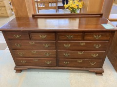 Pennsylvania House 10 Drawer Dresser w\/Mirror