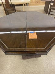 Octagonal Table w\/ 3 Leaves & Covers
