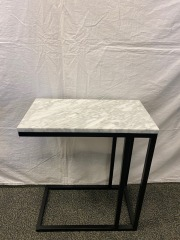 NEW Forma C Table