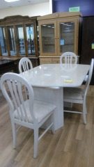 70's cream TABLE with 4 chairs and keaf