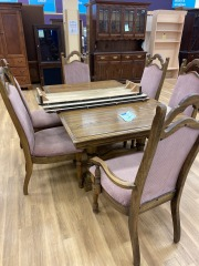 Oak Dining Table w 6 Chairs & 2 Leafs