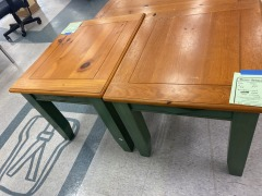 Wood End Table w\/Green Accents
