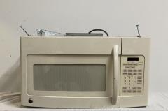 GENTLY USED GE Microwave