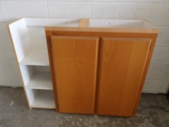 GENTLY USED Kitchen Cabinet 44\
