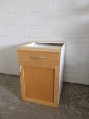 GENTLY USED Kitchen Cabinet 21\