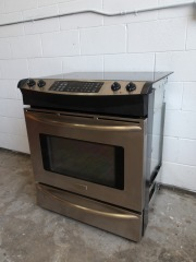 GENTLY USED Frigidaire Oven