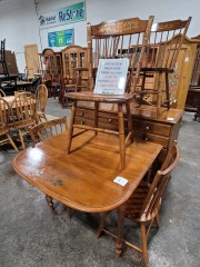 Hitchcock Kitchen set with 5 chairs