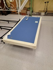TWIN ELECTRIC BED FRAME W\/REMOTE