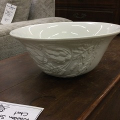 William Sonoma Large White Serving Bowl (Italy) - COLLECTIBLES