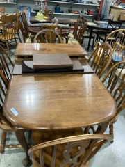 Dining Set w\/ 8 Chairs