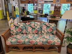 Rattan sofa \/ Foral Cushions