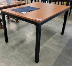 Laminate top\/metal base Table