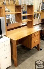 Oak Desk\/Hutch