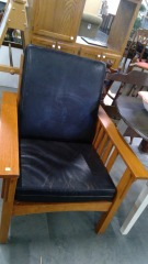 Leather Style Lounge Chair