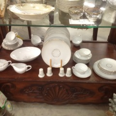 45 Piece Kaysons Golden Rhapsody China - COLLECTIBLES