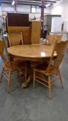 Oak Circle Dining Table\/w 4 Chairs