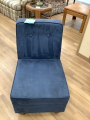 CUSHIONED BLUE UPHOLSTERED ACCENT CHAIRCHAIR