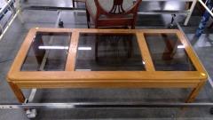 Oak Table\/w Glass