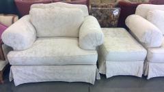 Cr\u00e8me Accent Chair \/w Ottoman