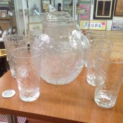 Tea Pitcher & 7 Glasses - COLLECTIBLES