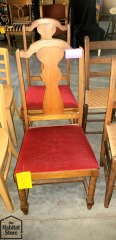 2 Red velvet cushioned Chairs